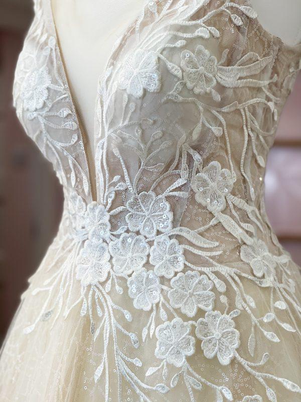lora-nova-bridal-bohemian-wedding-dresses