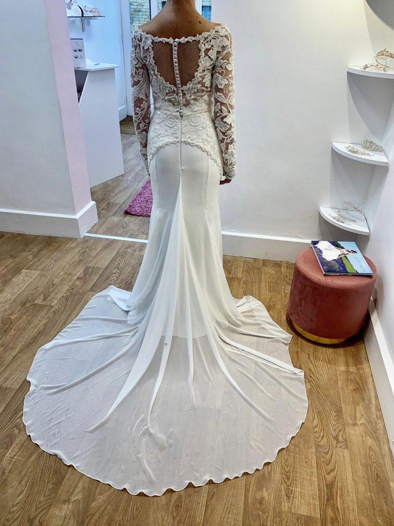 lora-nova-bridal-wedding-dresses
